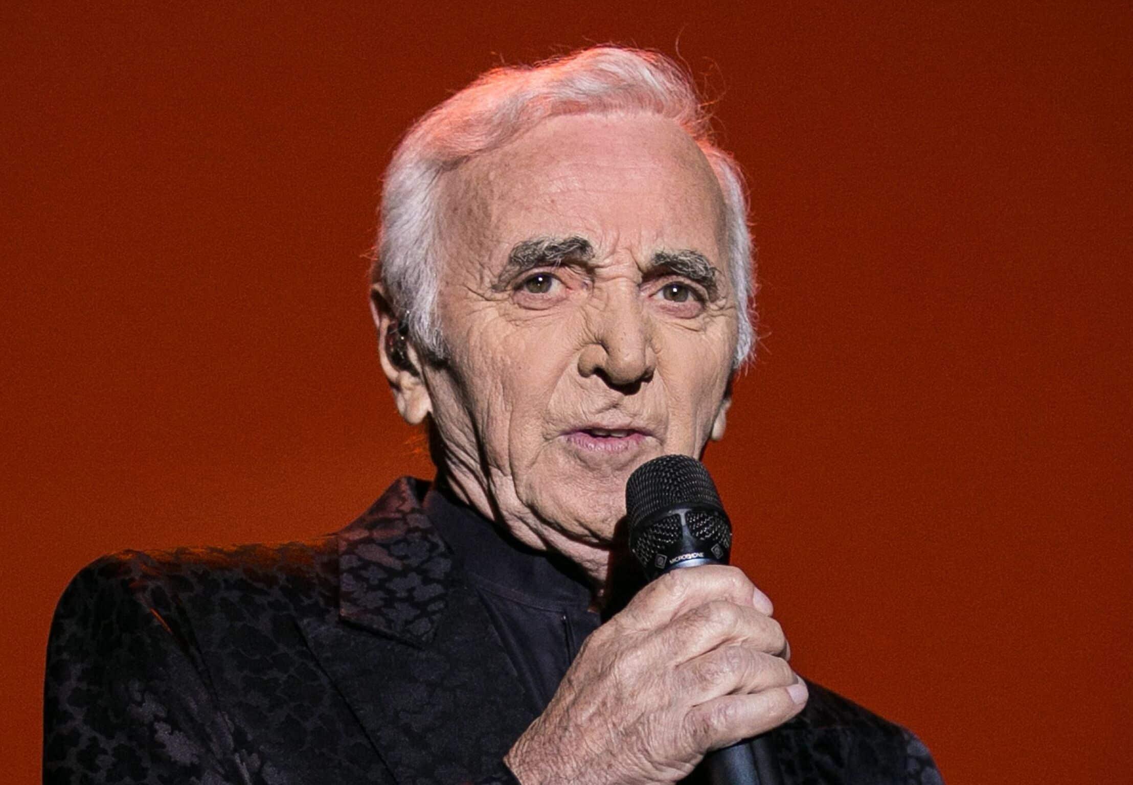 première chanson de Charles Aznavour
