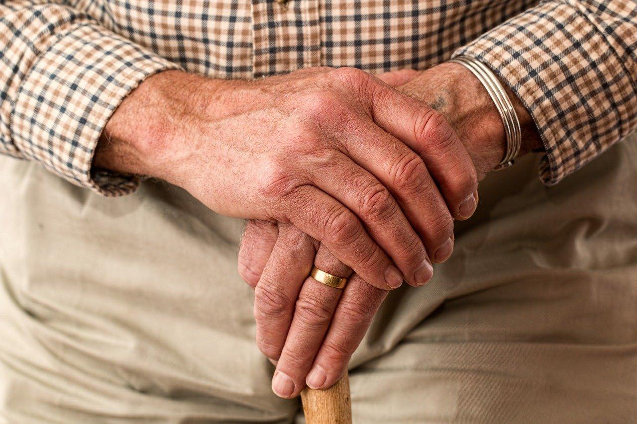 Comment choisir une mutuelle pour senior ?
